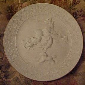 Avon 1985 annual A Child's Christmas plate