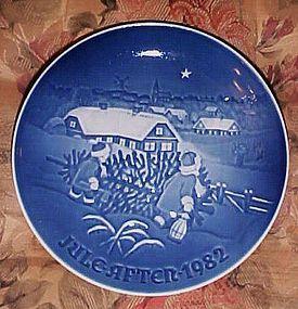 Bing Grondahl The Christmas tree plate 1982