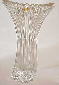 Beautiful Diamond Surf lead crystal vase Mikasa ?