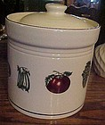 Pfaltzgraff Farmers Market Flour Cannister with lid