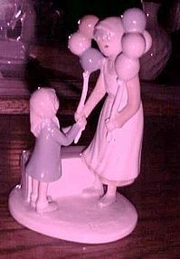 Flavia Weedn figurine Share all the gifts life has....