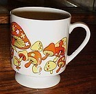 70's wild mushroom and flowers porcelain pedestal mug