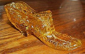 Vintage Fenton slipper shoe topaz daisy and button