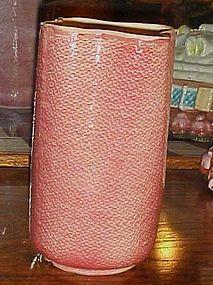 Shawnee  USA pottery pink 880  burlap vase