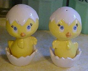 Ceramic hatching eggs and chick salt and pepper shakers