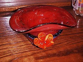 Red Hat Ladies Blown Art Glass red hat bowl w flower