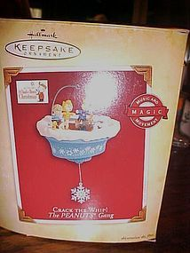Hallmark Crack the Whip! Peanuts gang ornament MIP