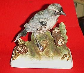 Lefton KM 864 Shrike bisque bird  figurine
