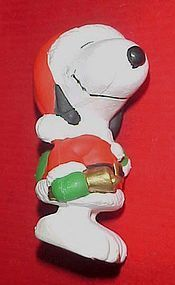 Peanuts Snoopy Santa Christmas ornament