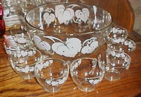 Vintage Anchor Hocking white ivy leaf punch bowl set 13 pcs