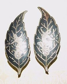 Vintage Siam Sterling leaf earrings with dancers