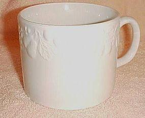 Tabletops Unlimited Fruit De Blanc large white soup cup