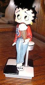 Betty Boop Campus Cutie figurine Danbury Mint MIB