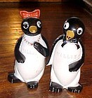 Vintage Willie and Millie penguin salt and pepper shakers