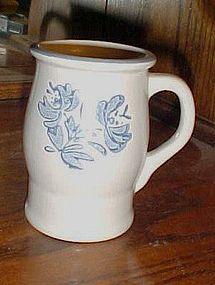 Pfaltzgraff Yorktowne  mug