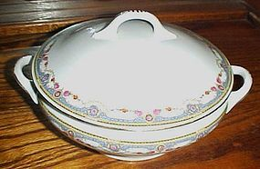 B Bloch & Co Eichwald Czecholslovakia pattern CZE4 covered casserole