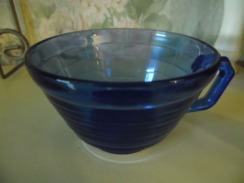 Hazel Atlas Moderntone cobalt Ritz blue cup