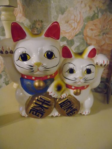 Ceramic Maneki-Neko  Lucky Asian cats bank