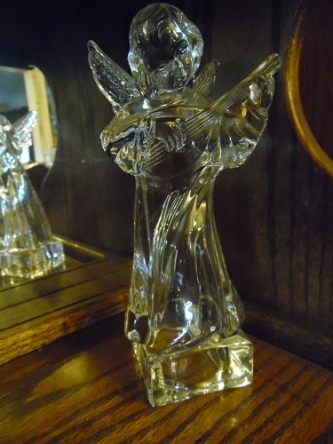 Mikasa lead crystal Angel playing mandolin figurine