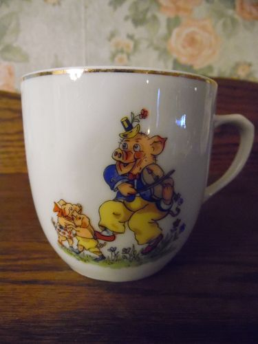 Vintage Czechoslovakia china mug cup with Pig playing Violin