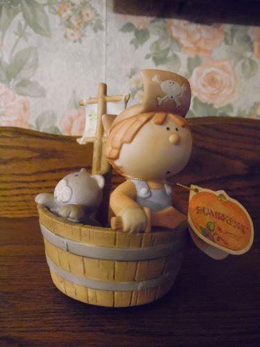 Bumpkins musical figurine Pirate boy and kitty sailing