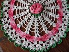 """Vintage hand crocheted round table doily with roses approx 35"""""""