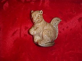 Wade Red Rose Tea squirrel, Canadian series #1