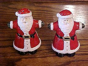 Santa Claus salt and pepper shakers