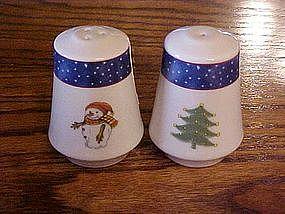 Reversible snowman / Christmas tree S & P shakers