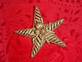 Coro Craft starfish pin