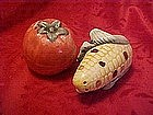 Corn and tomato salt and pepper shakers