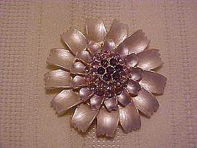 Vintage Mum pin with rhinestones