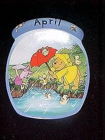 Winnie the Pooh the whole year through, April plate