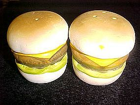 Big ceramic cheeseburger salt & pepper shakers