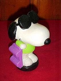 Peanuts Joe Cool Skater Snoopy, bubble bath container