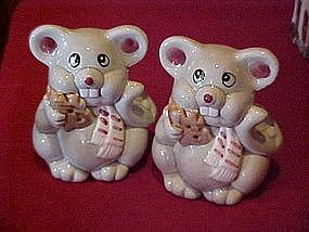 Large ceramic mice salt and pepper shakers