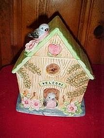 Blue bird cottage cookie jar, Adorable!