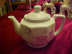 Small 2 cup teapot with floral decoration
