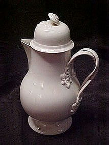 Leedsware classical creamware coffee pot, England
