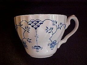 Blue Onion cups, scalloped, Churchill England