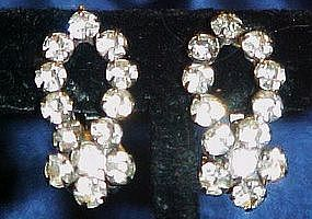 Sparkling vintage rhinestone clip earrings