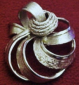 Large Coro silvertone brooch / pin