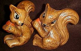 California Originals Squirrels with nut, shakers
