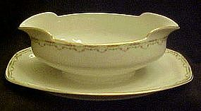M&Z Austria Altrohlau gravy boat with underplate, roses
