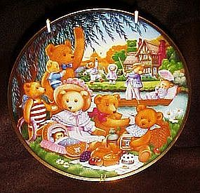 Franklin Mint Teddy Bear Picnic limited edition plate