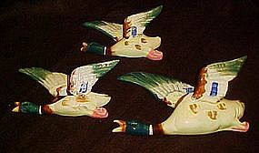 Vintage  flying ducks wall pocket,  set of 3