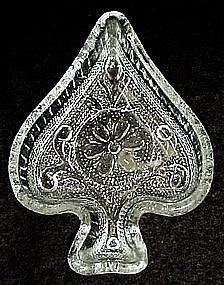 Tiara crystal sandwich glass spade nut dish