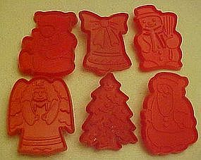 Set of 6 assorted  plastic Christmas cookie cutters