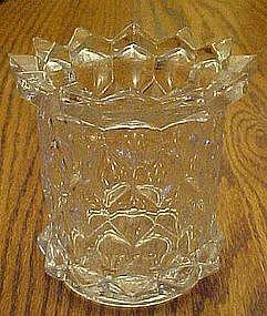 Vintage honeycomb pattern spooner