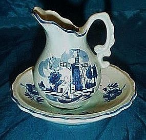 Enesco mini blue delft pitcher and basin set